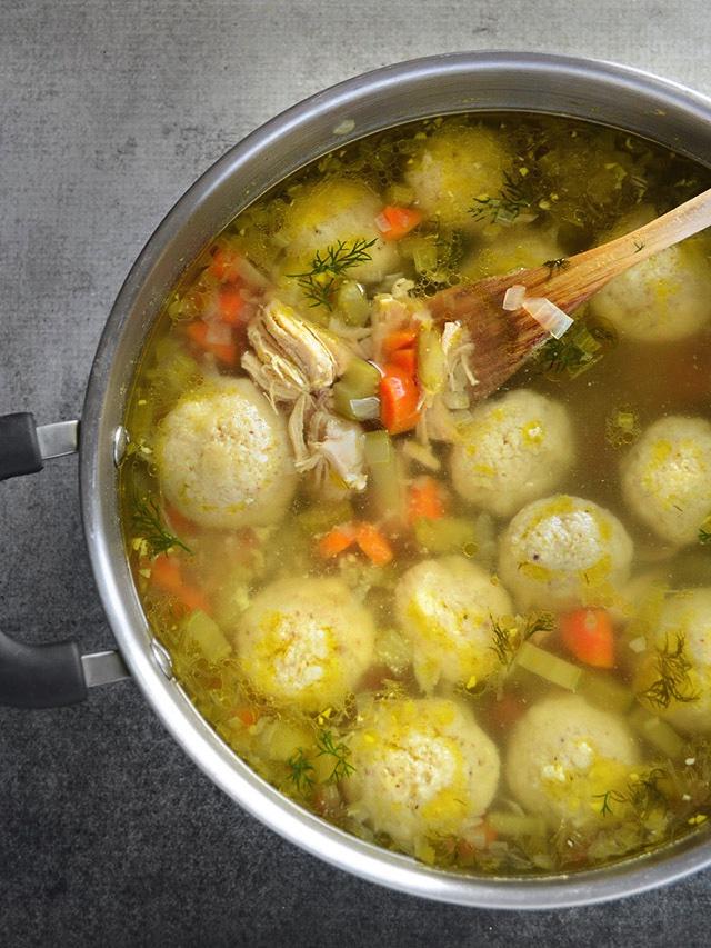 Matzo-Ball-Soup